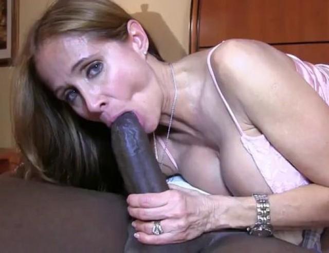 Latina Milf Bbc Amateur