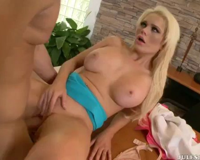 Alexis ford gets creampied by bbc 3