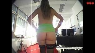 Leia redmond pantyhose video